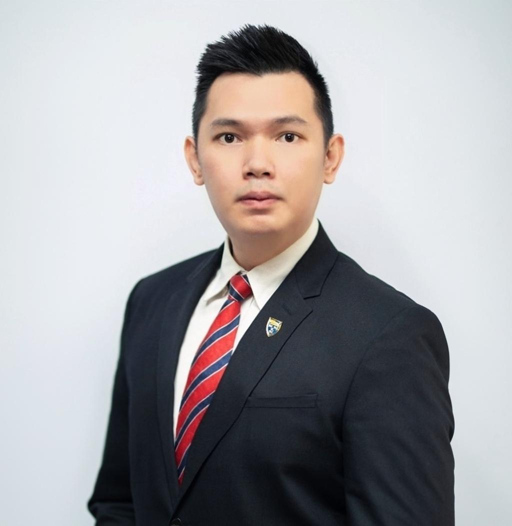 Collins Chong Yew Keat