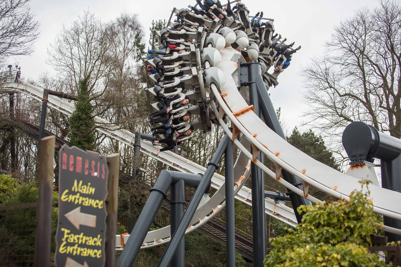 Merlin Entertainmennts - Visit the UK's top theme parks!