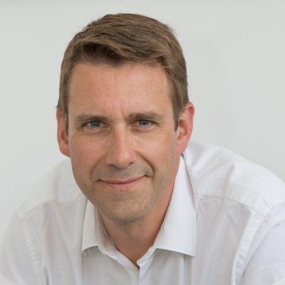Dr Gregory Lambert