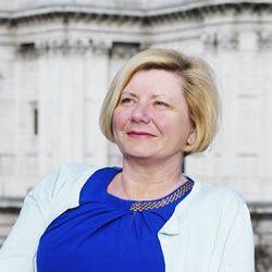 Suzanne Kingston