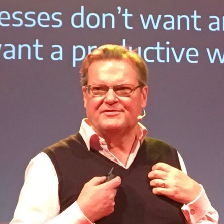 Antony Slumbers // Real Innovation Academy