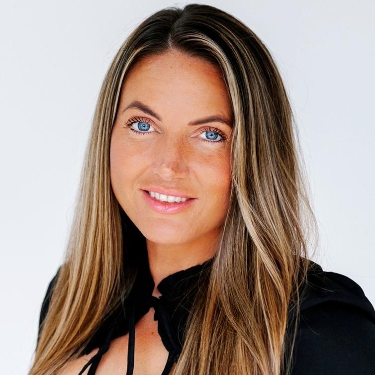 Karla Edwards