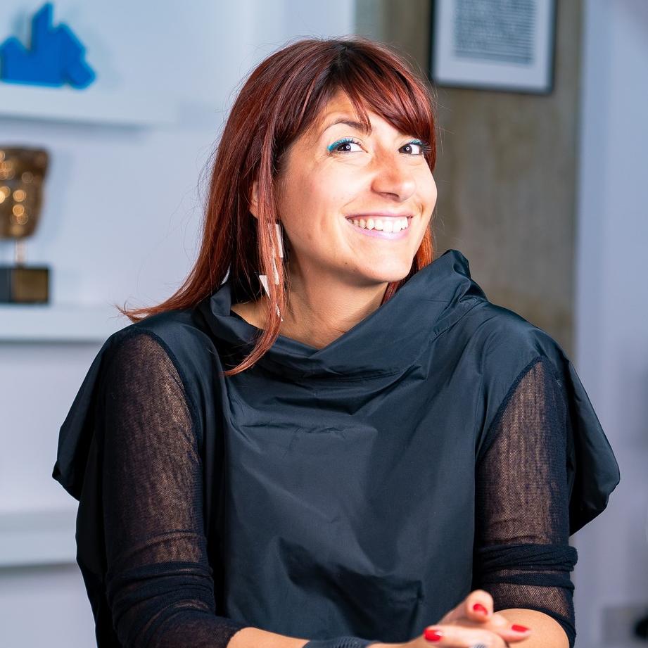 Headliner: Roberta Lucca