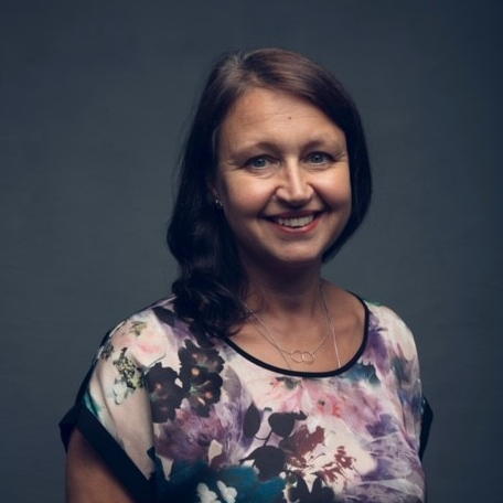 Lara Burns