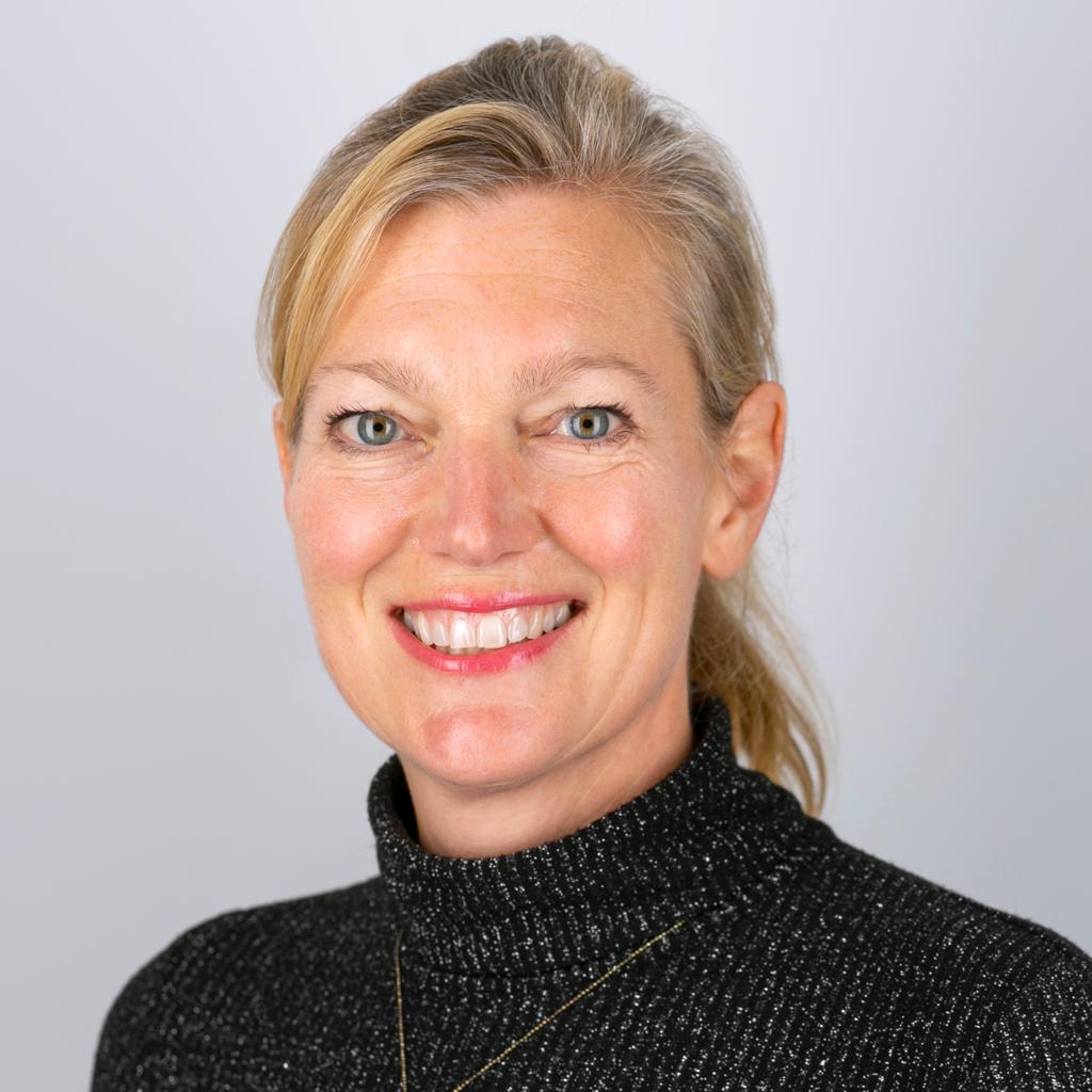 Holly Mackay
