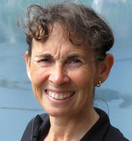 Elizabeth Mullineaux